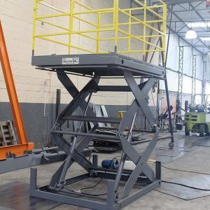 Elevador de carga pantográfico